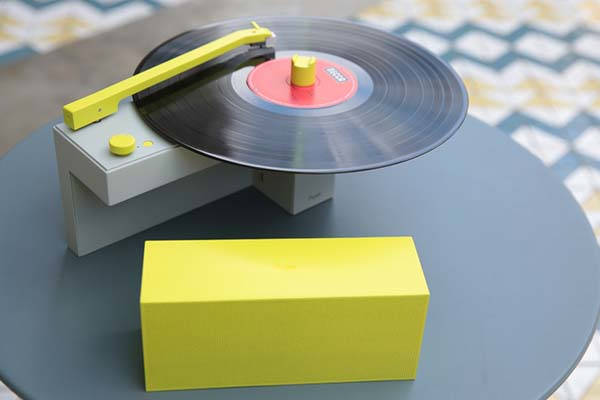 duo_compact_turntable